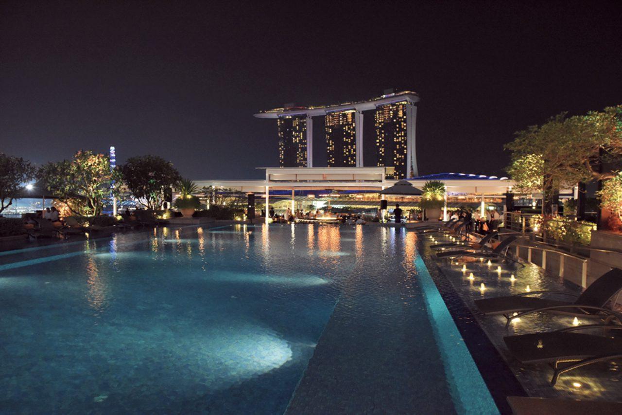 エリーローズが教えるシンガポールの夜遊びスポット  | FRaU