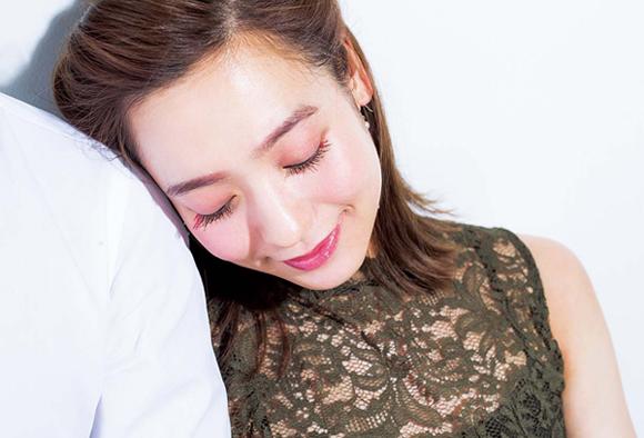 目尻のレッドで「好き」をアピールしよう[野崎萌香] [with]