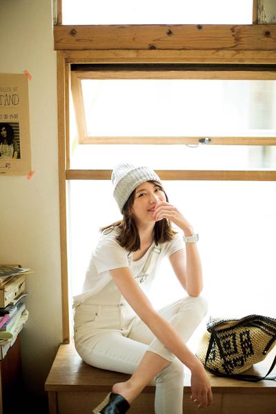 """この夏のマストハブは""""ゆるシルエット""""白Tシャツ [with]"""