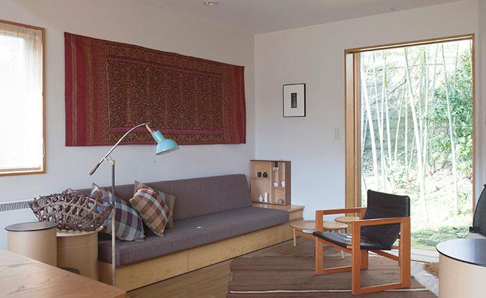 木の家具・布で温もり感を上げるインテリアのヒント [おとなスタイル]