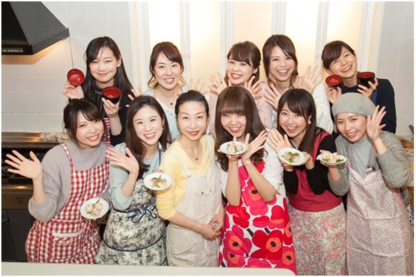春のおもてなし料理レシピ「はまぐりのお吸い物」「手毬寿司」 [with]