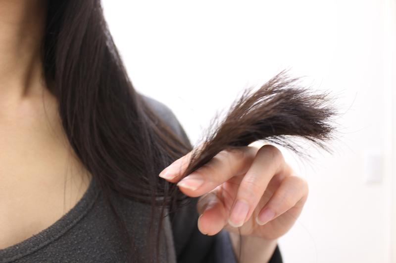 どんどん存在感を増していく白髪。少しでも目立たなくさせるには?
