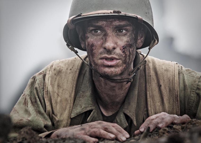 メル・ギブソン監督が実在の米軍兵を描く『ハクソー・リッジ』 [FRaU]