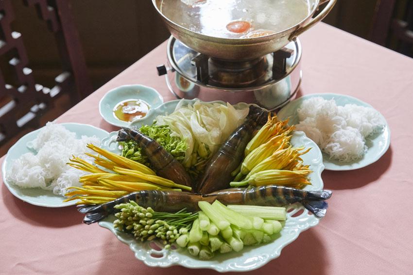 美味しい・美しい・ヘルシー!三拍子そろったベトナム花料理 [FRaU]