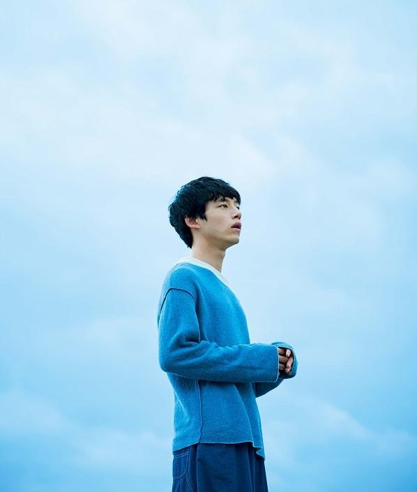 """映画『ナラタージュ』に出演する、坂口健太郎さんの考える""""マイペース""""とは? [with]"""