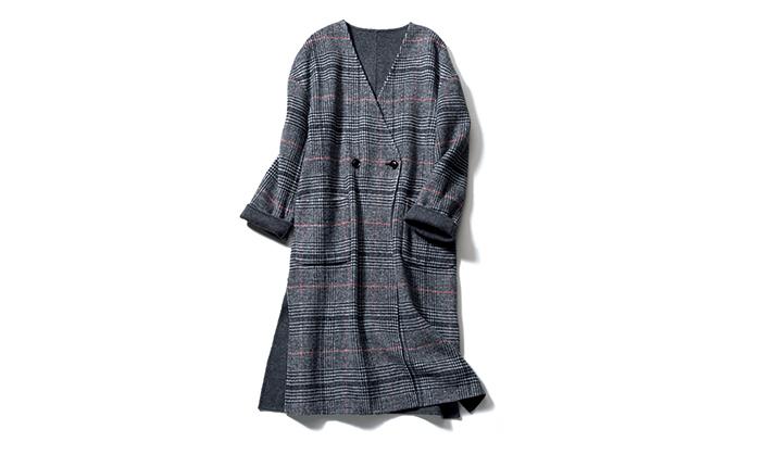 5.リバーシブルで着られる一枚仕立てコートはオーバーサイズで