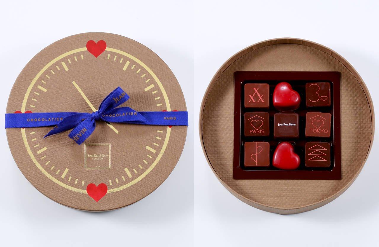 おしゃれなデザインで一歩リード!レトロな時計パッケージが魅力的♥