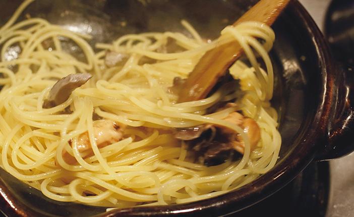 パスタもカツも、土鍋で作るとふっくら美味しくなるって本当? [おとなスタイル]