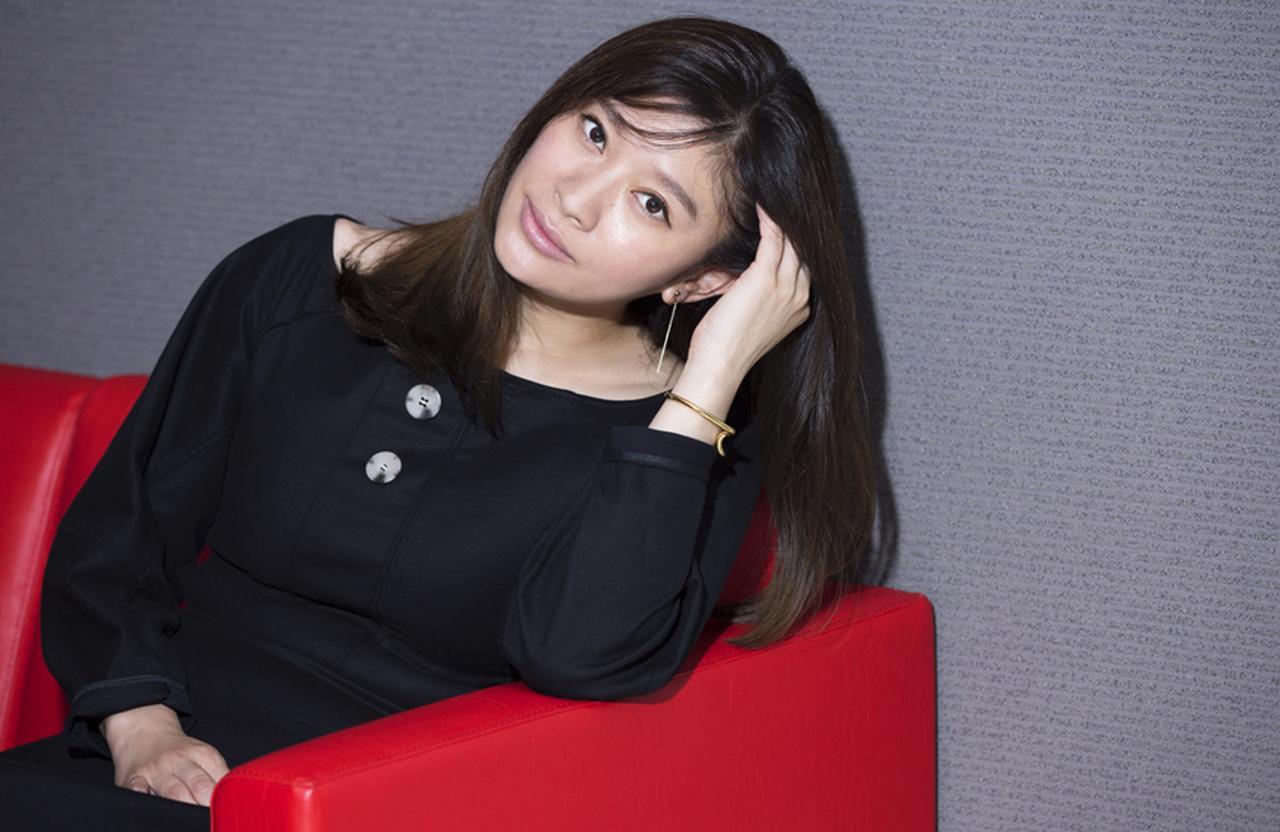 篠原涼子「舞台で鍛えられて、知らない自分に出会いたい」 [FRaU]