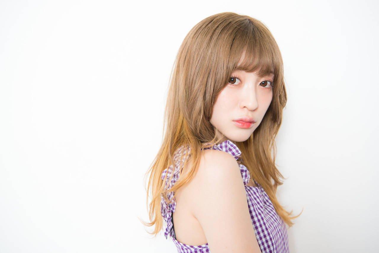 Vo. & Gt.すぅ (吉田菫)