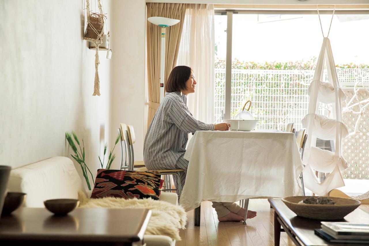 「アーキ」プレス・谷美恵子さんが葉山で送るシンプルな暮らし [FRaU]
