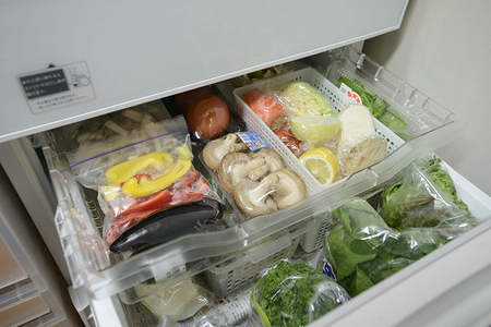 取り出しやすくするだけで冷蔵庫の無駄がどんどん減らせる!「取り出しワザ3選」   [mi-mollet]