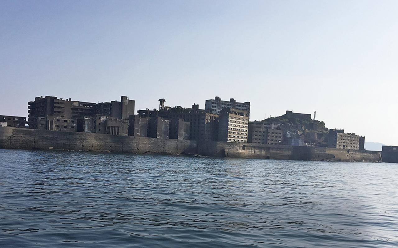 蒼井優が巡る大人の長崎旅「非日常を味わうホテル&軍艦島へ」 [FRaU]