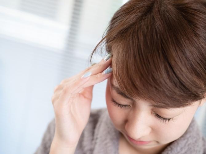 女性に多い片頭痛や命に関わる頭痛まで。タイプ別症状&対処法   [mi-mollet]